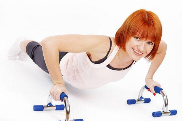 Accesorios para poder entrenar en casa soporte flexiones