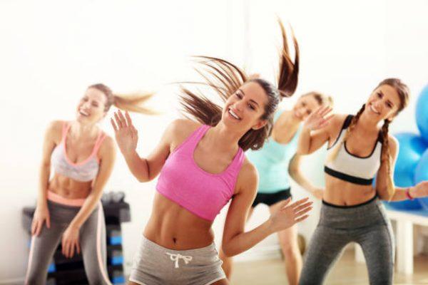 Bailes que ayudaran a fortalecer gluteos y piernas salsa