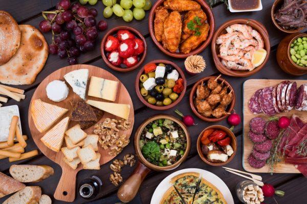 Como funciona la dieta cetogenica para perder grasa y peso baja en calorias