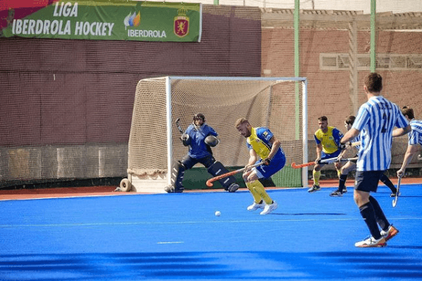 ¿Cuáles son las funciones y posiciones de los jugadores de Hockey? Sobre Hierba