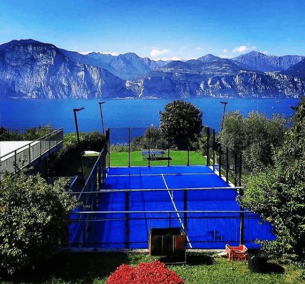 ¿Cuáles son las diferencias y similitudes entre el pádel y el tenis? Pista