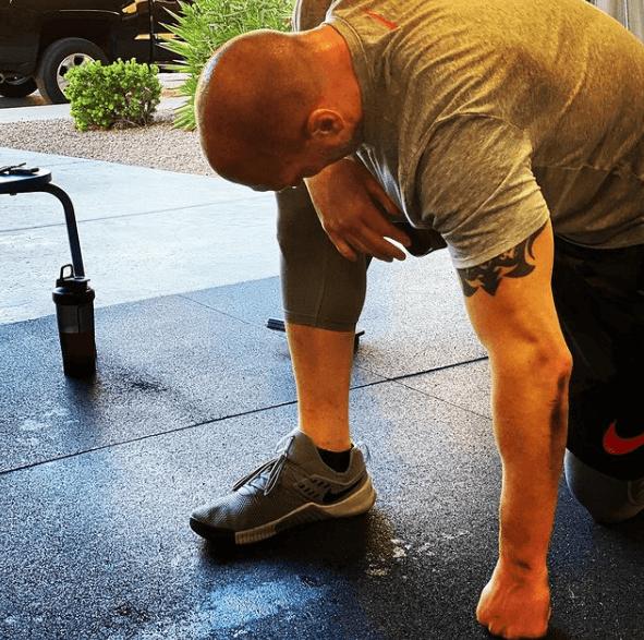 10 ejercicios de glúteos perfectos para hombres cansancio