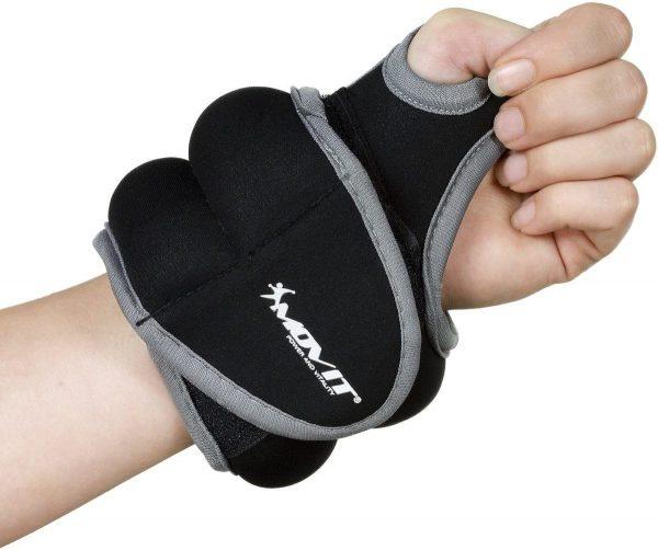 Los mejores accesorios fitness para hacer deporte en la playa o en la montaña muñequera lastrada