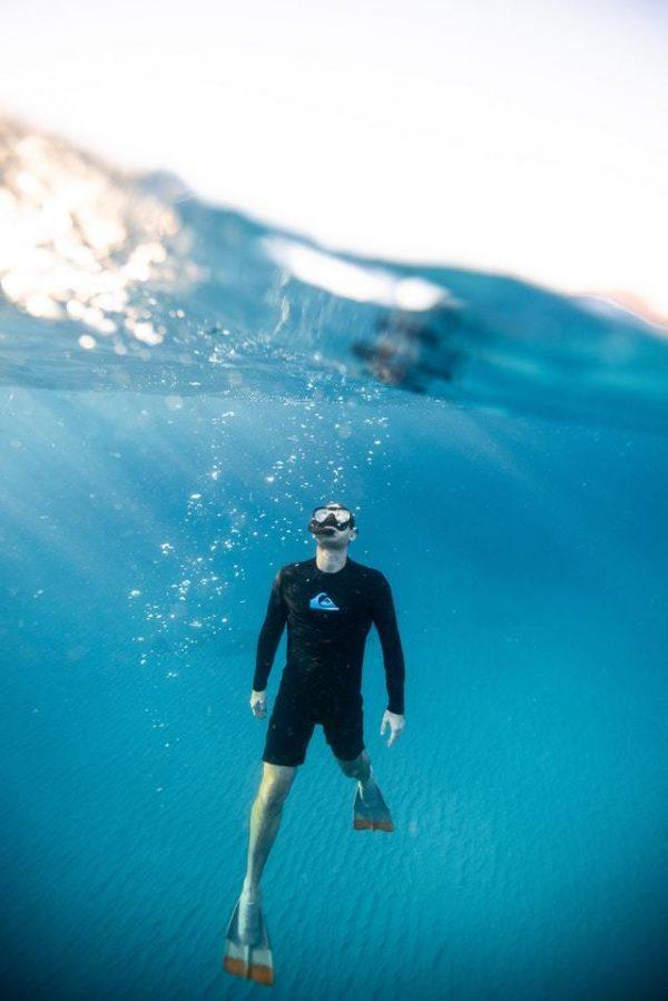 Los mejores accesorios fitness para hacer deporte en la playa o en la montaña natación