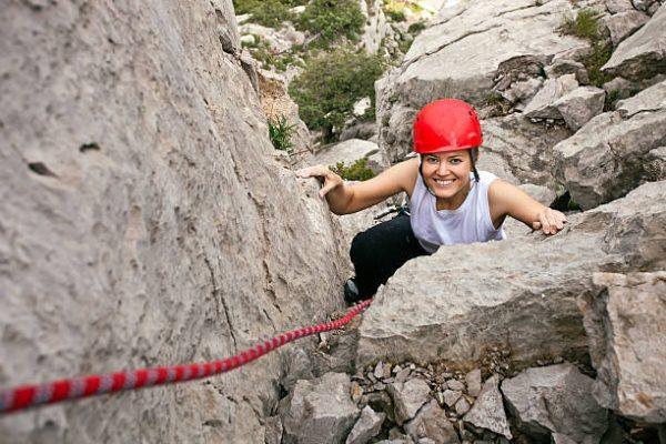 Los mejores accesorios para entrenar la escalada casco