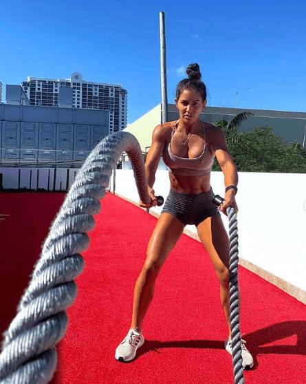 10 mejores ejercicios multiarticulares para adelgazar ropes