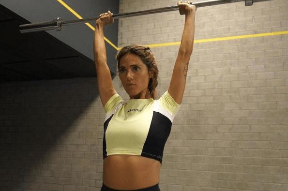 10 mejores ejercicios multiarticulares para ganar masa muscular press hombro