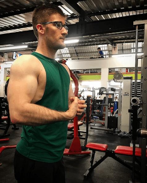 ¿Cuáles son los mejores y los peores ejercicios para el manguito rotador? Cinta