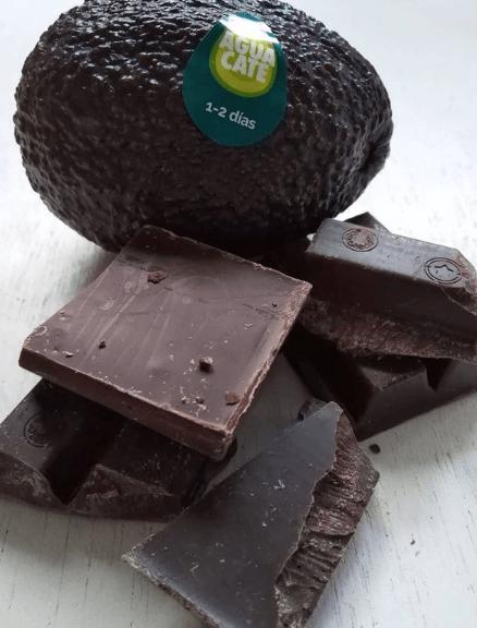 Las mejores recetas de postres fitness sin hidratos de carbono chocolate aguacate