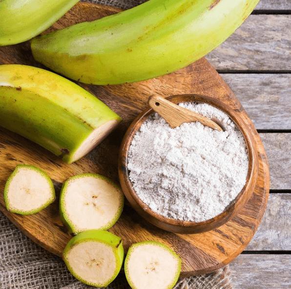 Mitos y falsedades sobre las dietas bajas en Hidratos de Carbono plátano