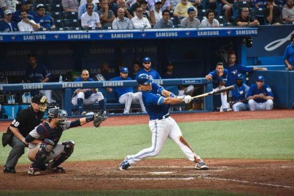¿Qué es el Beisbol y cuáles son sus normas? Bateando