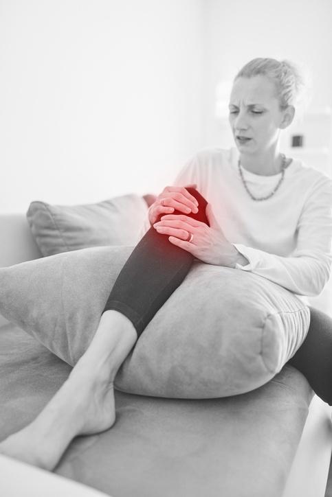 ¿Qué es la tendinitis rotuliana? Síntomas, tratamiento y prevención hinchazón