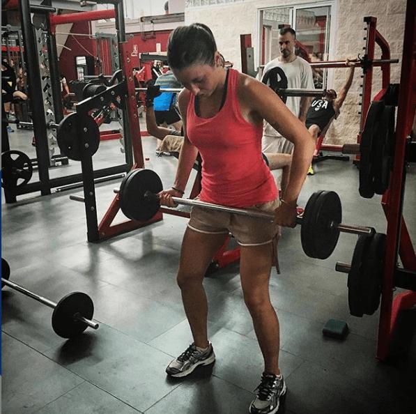 Remo con barra: qué es; cómo se hace; que músculos se trabajan y cuáles son sus variantes Melisa Forano