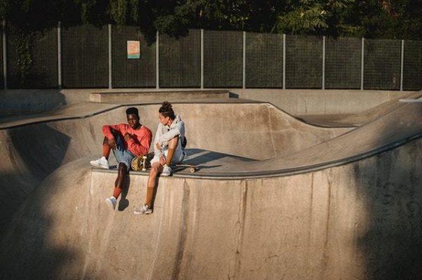 Skate: qué es, normas y cómo saber elegir una tabla parque