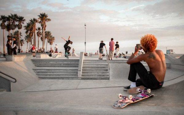 Skate: qué es, normas y cómo saber elegir una tabla competición