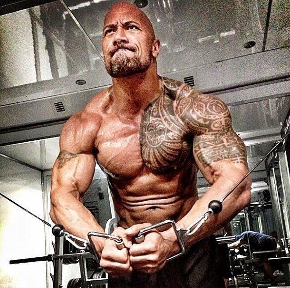 como-conseguir-los-musculos-del-protagonista-de-hercules-dwayne-johnson