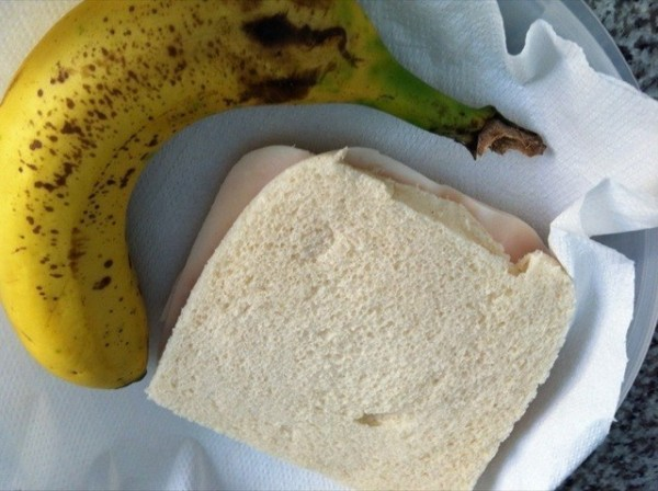 dieta-perfecta-para-definicion-verano-2013-entre-horas-sandwich-pavo-y-fruta