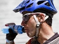 Hidratación y alimentación en el deporte