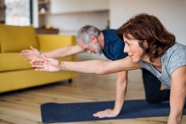 Ejercicio para personas mayores de 60 anos rutina diaria ejercicios