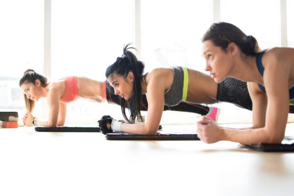 Ejercicios aerobicos que ayudan a destapar los abdominales oblicuos