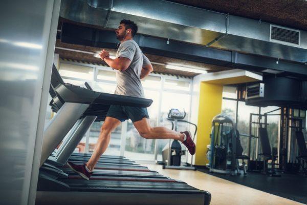 Ejercicios aerobicos que ayudan a destapar los abdominales sprint