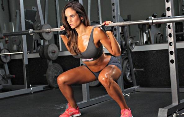 ejercicios-para-gluteos-sentadillas