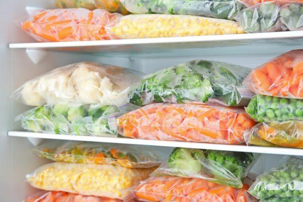 La mejor forma de alimentarse para cuidarse durante la cuarentena verdura congelada