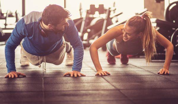 Las claves para sacar musculo a partir de 40 anos flexiones