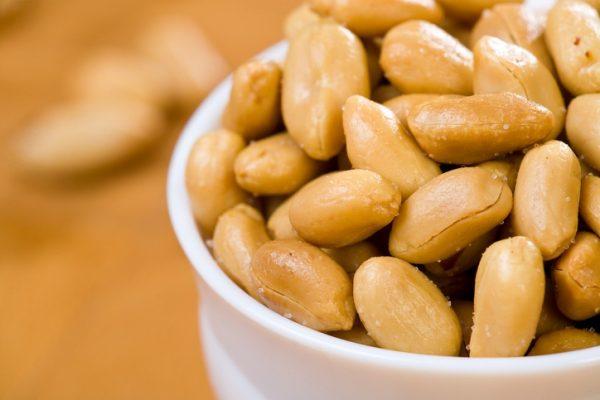 Las propiedades y beneficios del cacahuete saludables