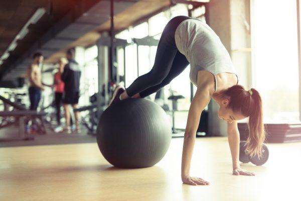 Los mejores ejercicios de pilates para quemar grasa deporte y dieta