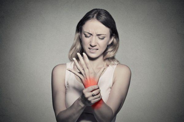 Mujer síndrome carpiano