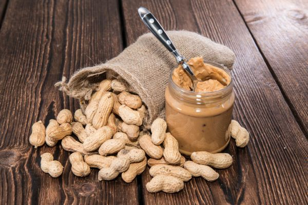 Propiedades y beneficios del cacahuete grasas insaturadas