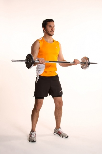 reverse-bicep-curl-with-barbell-0